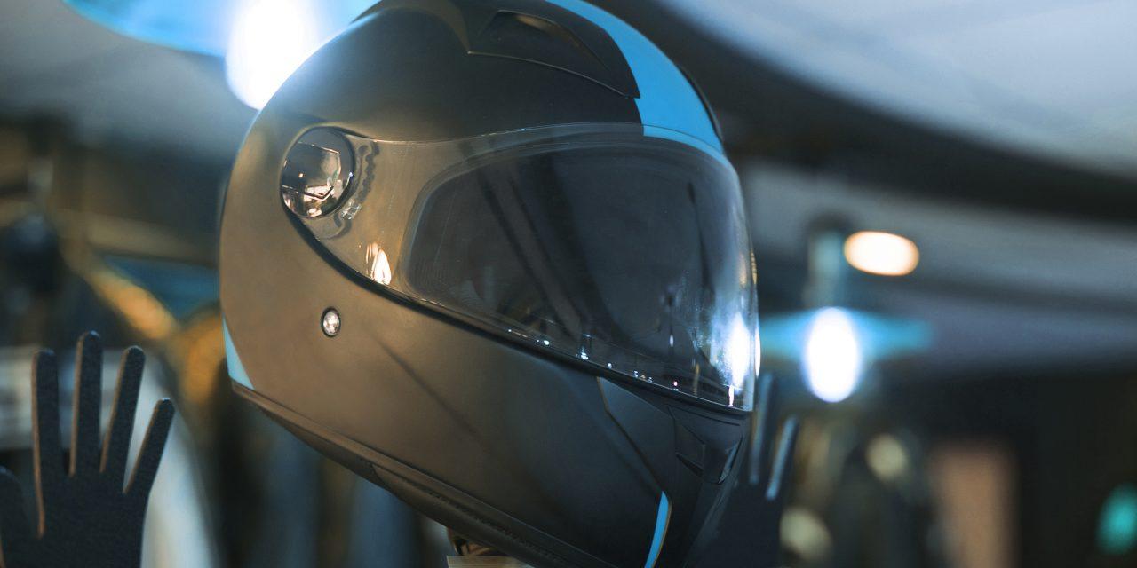 Qu'est-ce qui rend les casques intégraux de moto en fibre de carbone spéciaux ?