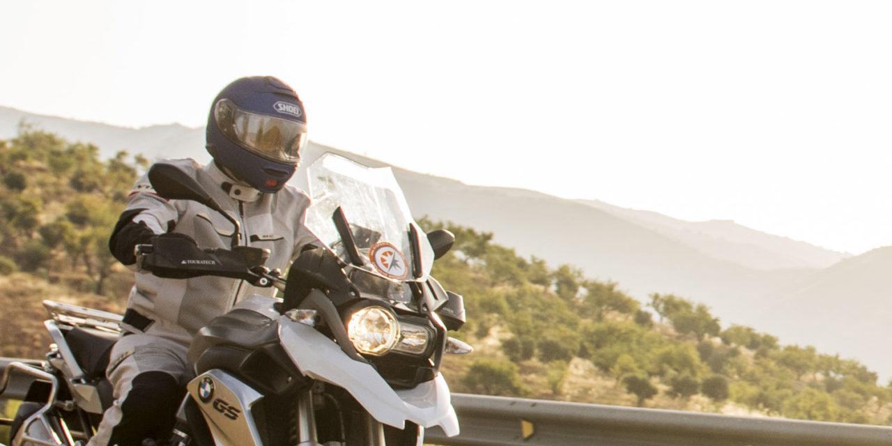 Tout ce qu'il faut savoir sur le casque moto modulable Shoei